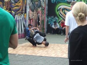 2014-09-06-Breakdance_Innenhof_Adlerstrasse