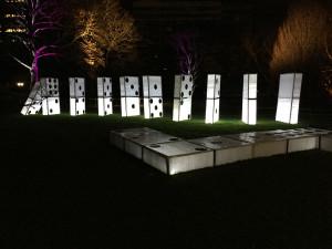 leuchtende-domino-steine