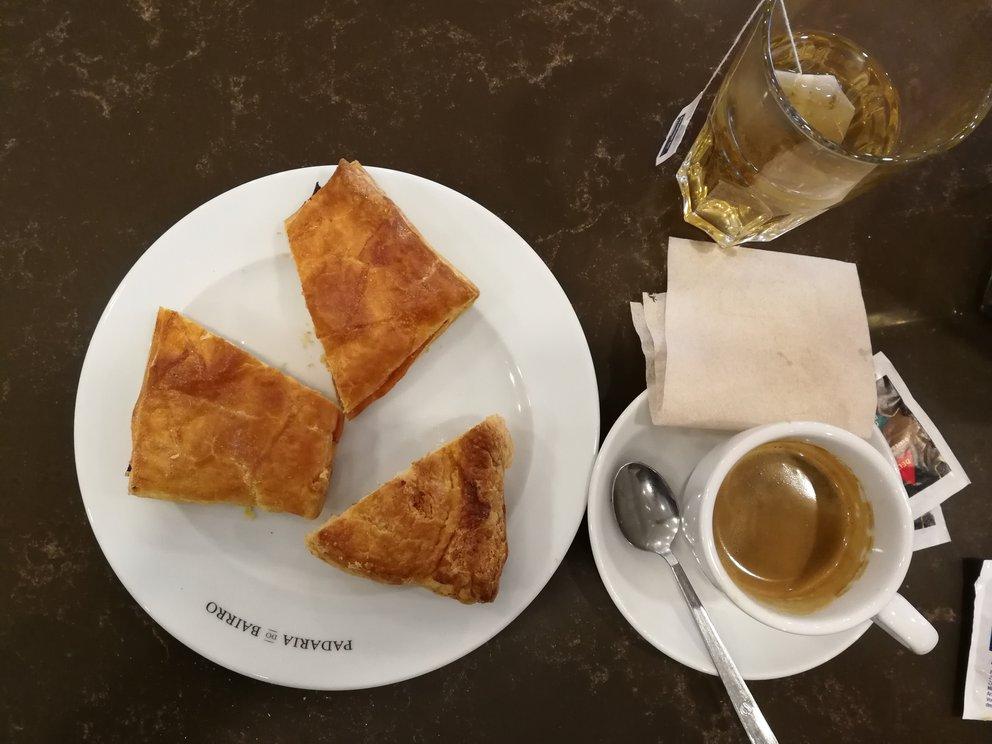 café de manha, Frühstück